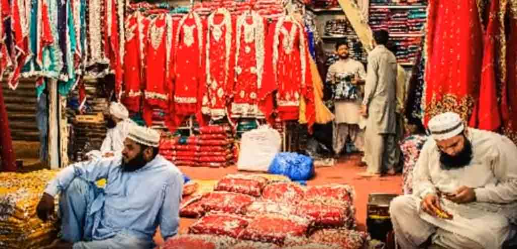 Azam Cloth Market:The Footprints of Fabric Wholesale