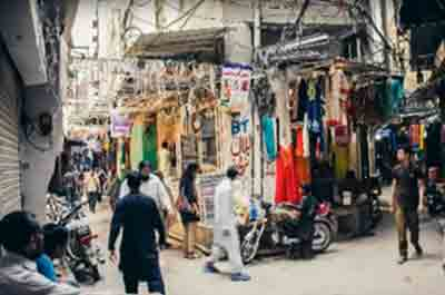 Bazaars of Azam Cloth Market